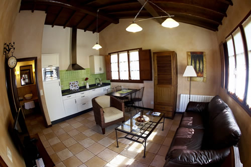 Casa Cuélebre salón-cocina