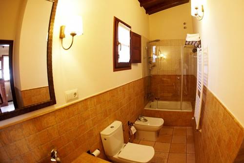 Casa Cuélebre baño